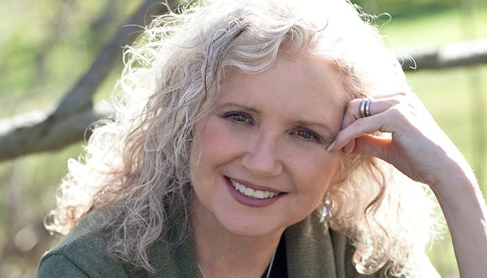 Author Peggy Hesketh speaks – Newport Beach Library