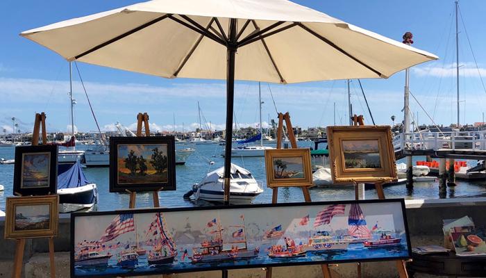 Balboa Island Artwalk in Newport Beach