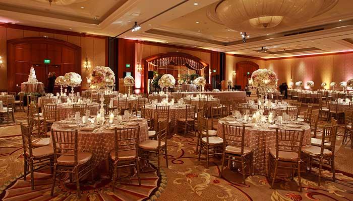 Bridal Faire at Balboa Bay Resort