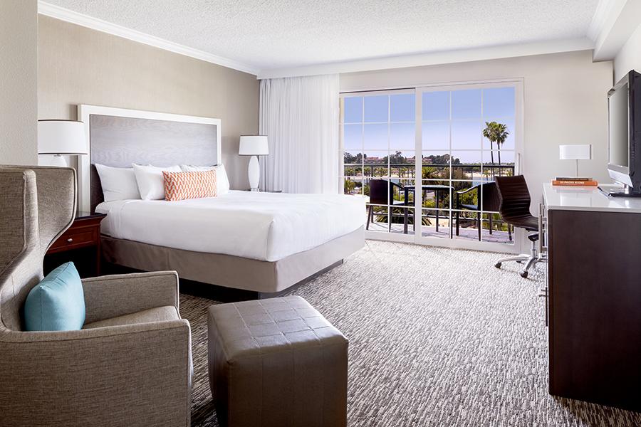 Hyatt Bay View King At The Fairmont Newport Beach