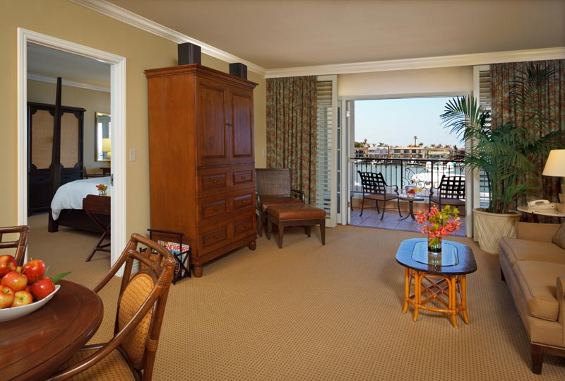 Presidential Suite Bb Balcony 1002 Bbcr Sunset Governors One Bedroom Bay View Livingroom