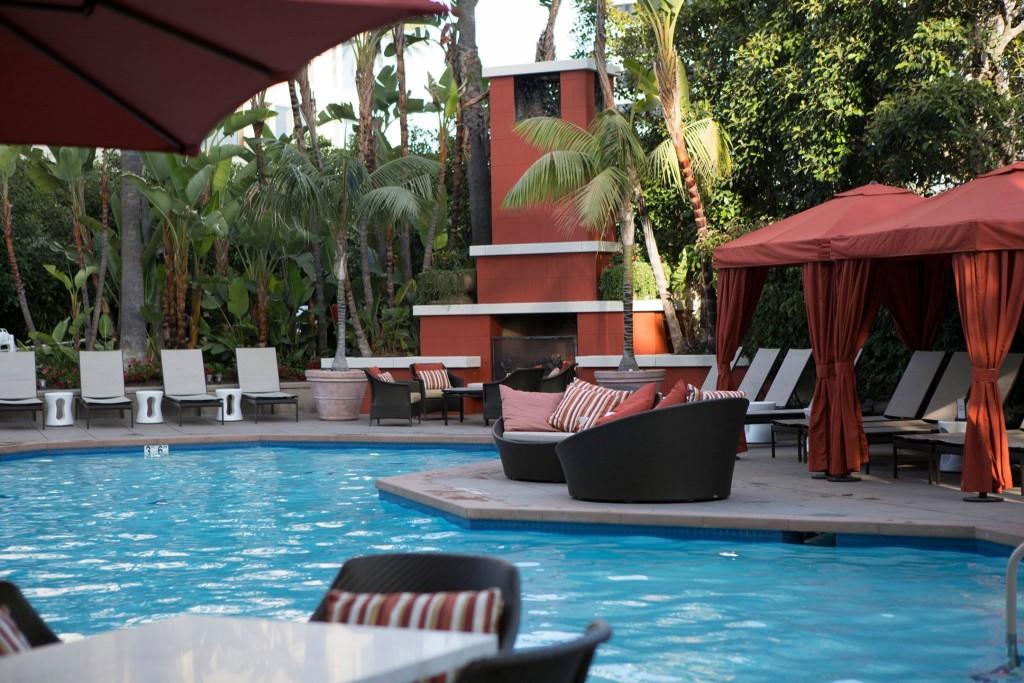 Newport Beach Hotels Outdoor Es Visit