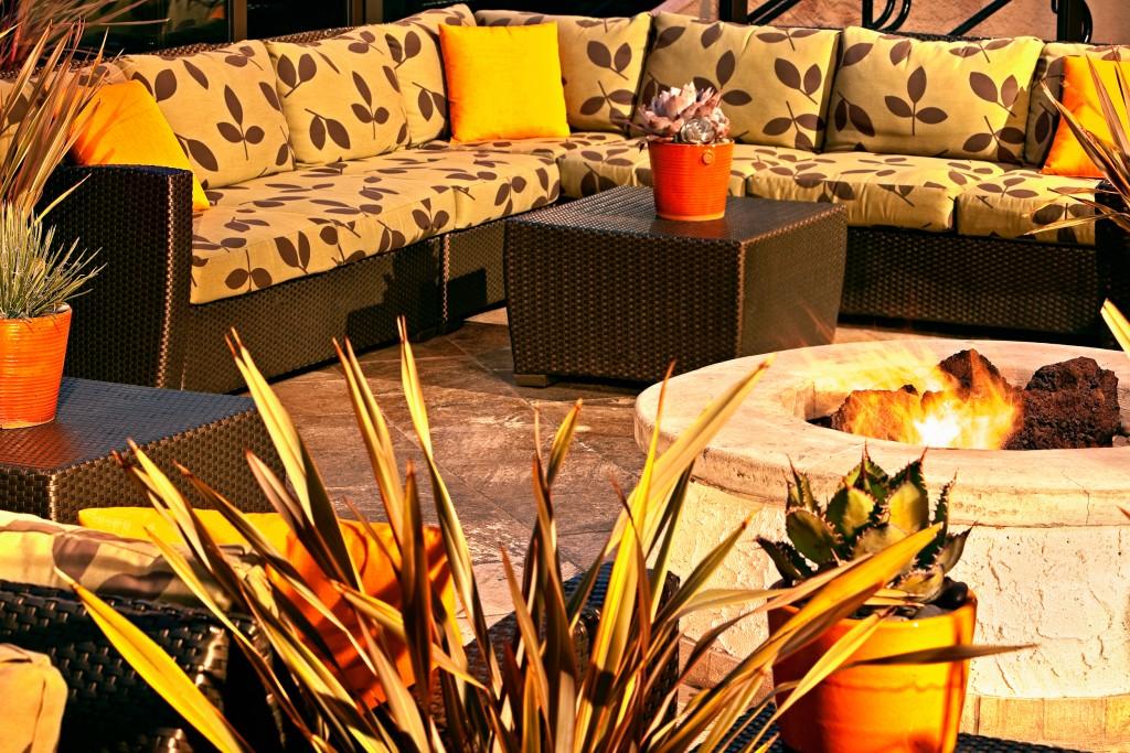 Outdoor Lounge Area_Marriott Hotel & Spa (2)