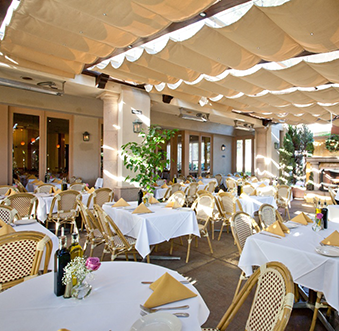 Al Fresco Dining In Newport Beach
