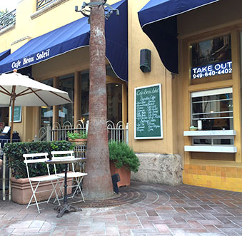 """Fashion Island Dining – Where """"To Go"""" Lunches Are Done Just Right!"""