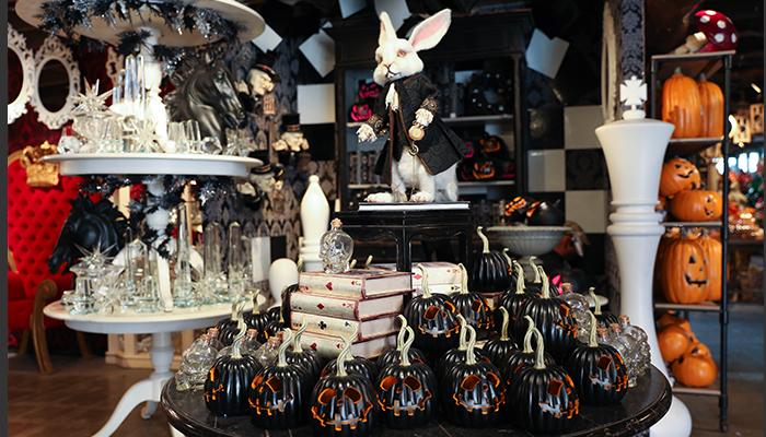Roger's Garden Halloween Boutique – Malice in Wonderland