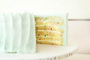 SusieCakes Vanilla Celebration Cake (Denise Crew)