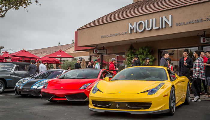 Cars & Café at Moulin