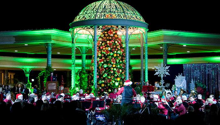 Balboa Island Christmas Tree Lighting 2017