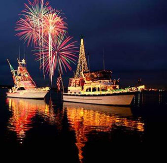 5 Go-to Menus for the 106th Christmas Boat Parade