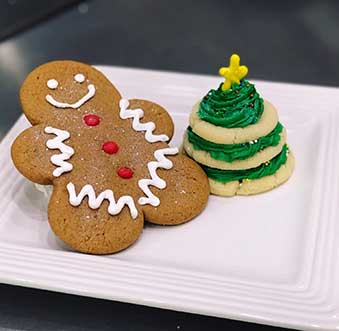 Celebrate the Holidays at Newport Beach's Most Festive Bakeries