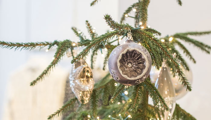 Holiday Decorating with Emily Morgan at Roger's Garden