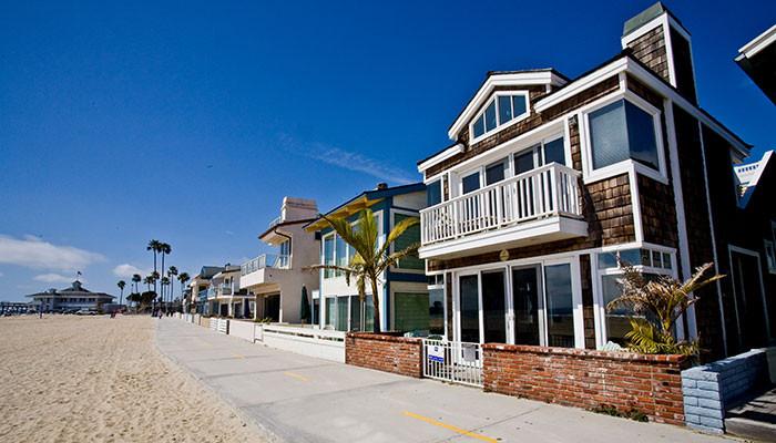 Beach house rentals California