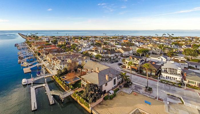 Newport Beach beach house rentals